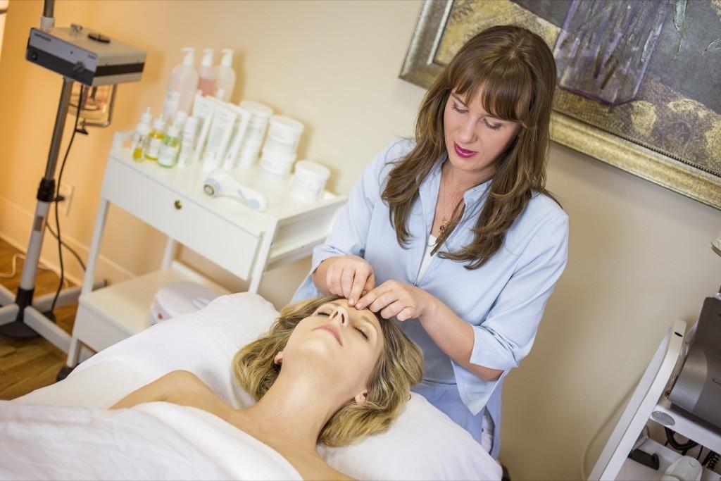 facial massages at la estetica