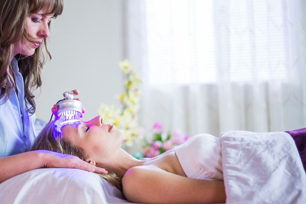 Spa San Mateo La Estetica LED Facial